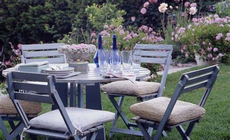 5 fantasiosi dettagli per il giardino in stile shabby chic