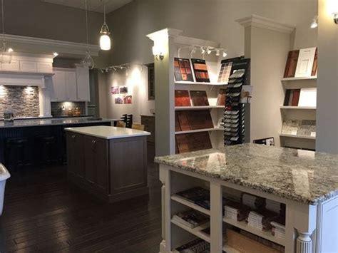 builders simplify home decor choices  design centers