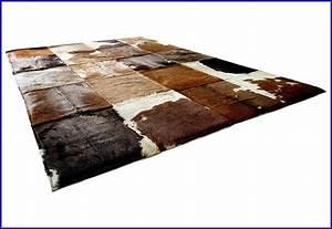 Fell Teppich Imitat : kuhfell teppich imitat schwarz teppiche hause dekoration bilder d7dnw2l9vq ~ Markanthonyermac.com Haus und Dekorationen