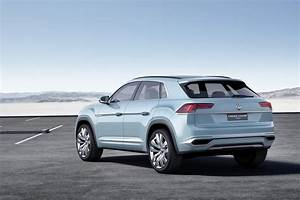 Volkswagen Hybride Rechargeable : vw cross coup gte un suv hybride rechargeable pour les usa ~ Melissatoandfro.com Idées de Décoration