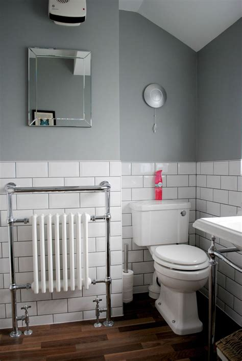 Images Of Bathrooms Makeovers by Best 25 Small Grey Bathrooms Ideas On Grey