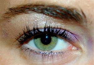The Best Makeup Colors for Green Eyes  Glamour