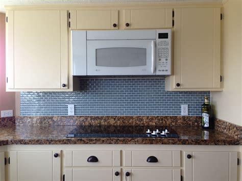 glass tile for backsplash in kitchen mini glass subway tile kitchen backsplash subway tile outlet