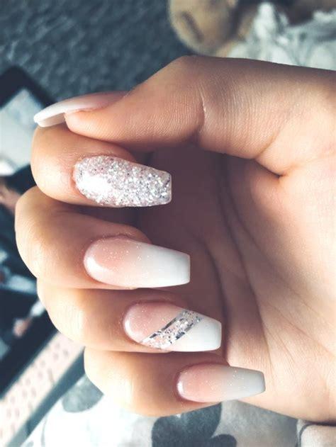 nails babyboomer love glitter   babyboomer