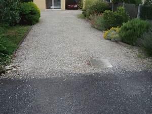 Allée En Gravier Pour Voiture : un b ton drainant et color pour les sols draincolor ~ Premium-room.com Idées de Décoration