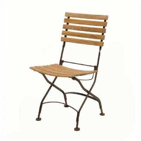 chaise en fer forge et bois chaises pliantes bois fer forg 233 table de lit a roulettes
