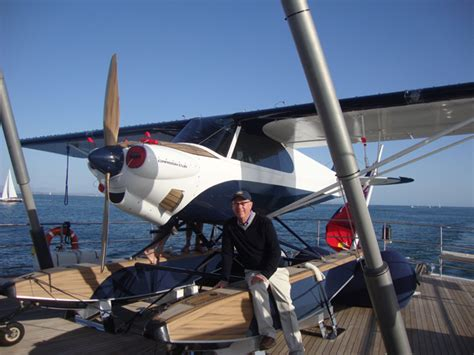 exclusive pictures ron holland  airplane