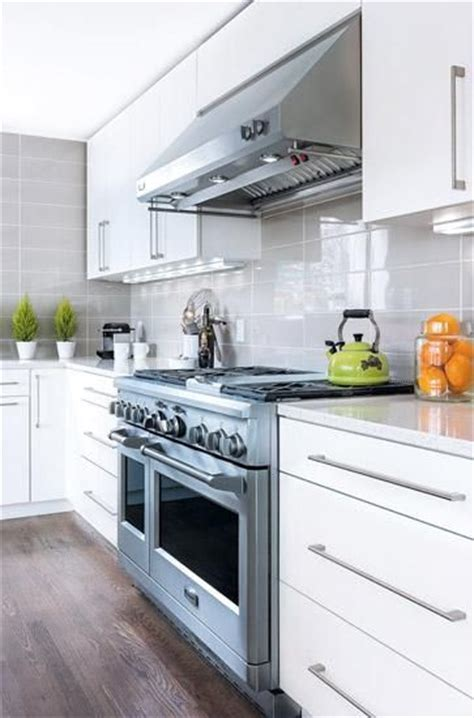 modern white gloss kitchen cabinets pros and cons of high gloss kitchen tiles designer kitchens 9262