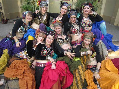 gypsy flamenco dancer andalusian rajasthani spanish dancers belly gals dance gypsies