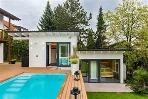 Sauna Für Garten : eigene private wellnessanlage im garten dampfbad sauna pool spa ~ Buech-reservation.com Haus und Dekorationen