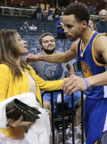 golden state warriors stephen currys daughter tells