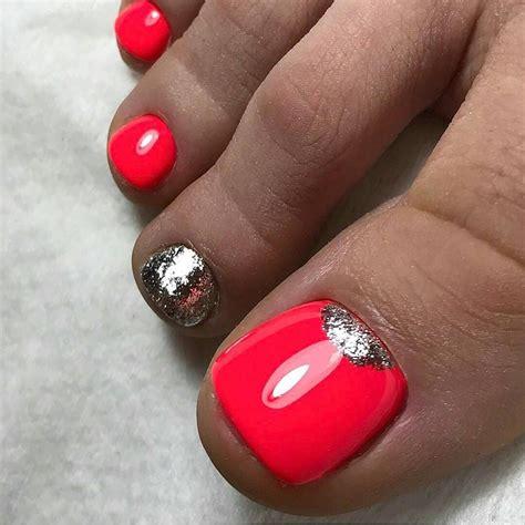 Красивый педикюр 20202021 модные тенденции 104 фотоновинки . Модный маникюр дизайн ногтей 2019 2020 . ModaNail