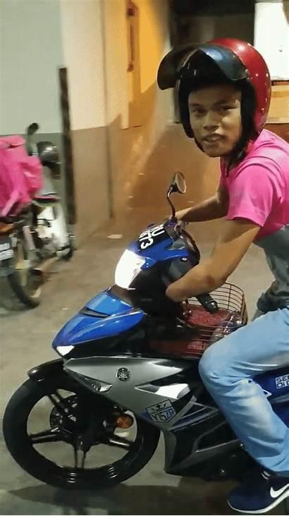 Foodpanda He Hands Motorcycle Bomb Rides Rider
