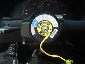 How To Install An Aftermarket Steering Wheel  4th Gen