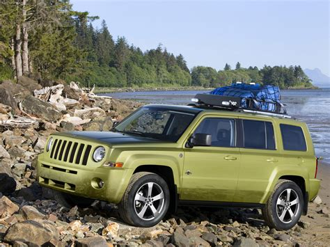 back of a jeep jeep patriot back country picture 58521 jeep photo