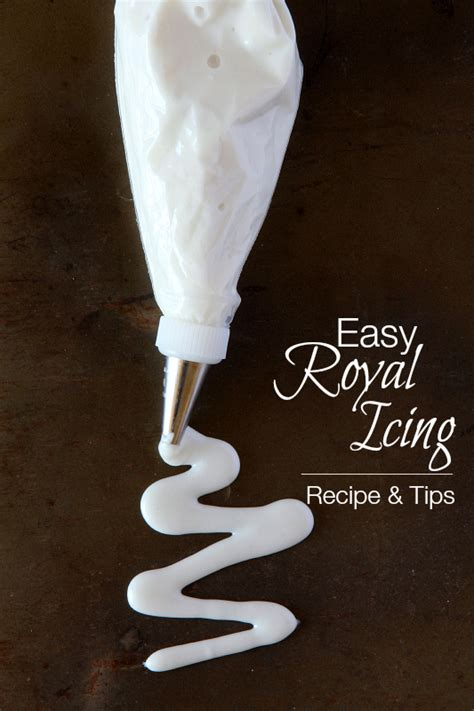 Easy Royal Icing Recipe - Around My Family Table