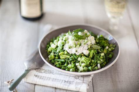 comment cuisiner les petit pois légumes de printemps croquants au fromage frais et à la menthe