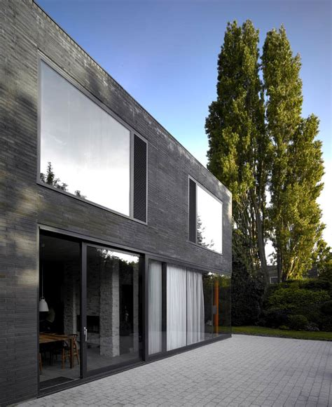 suburban home  concrete structure   exposed