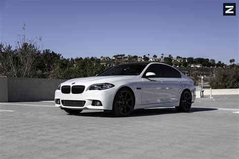 White Bmw Rims by Starke Contrast White Bmw 5 Series On Black Custom Rims