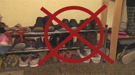 Schuhregal Im Treppenhaus by Schuhe Fahrr 228 Der Co Im Treppenhaus Das Ist Die Rechtslage