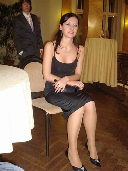 Heels Amateur Pantyhose Candid Legs Party Dresses