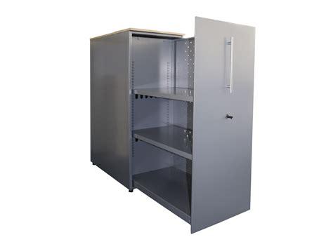 armoire de bureaux armoire porte coulissante adopte un bureau