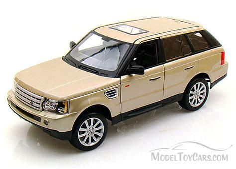 toy range rover range rover sport suv gold bburago 12069 1 18 scale