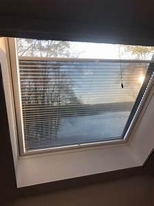 Velux Hitzeschutz Rollo : velux dachfenster rollo aussen affordable rollladen fr dachfenster fr velux roto braas fakro ~ Orissabook.com Haus und Dekorationen