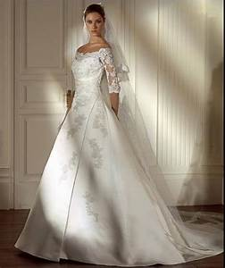 A collection of elegant wedding dresses with half sleeves for Wedding dresses with sleeves cheap