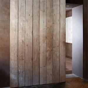 portes coulissantes en planches usees volets coulissants With porte de garage coulissante et porte en bois de chambre