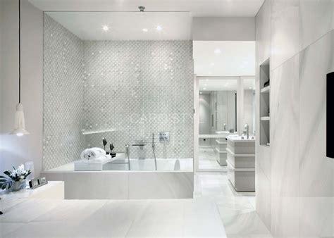 si e de bain carrelage salle de bain effet marbre