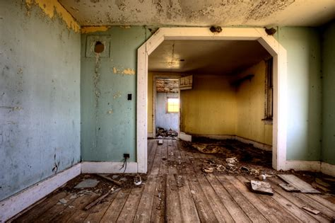 does home interiors still exist abandoned homes continue to plague chicago town