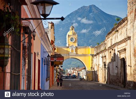 Volcan Agua Stock Photos And Volcan Agua Stock Images Alamy