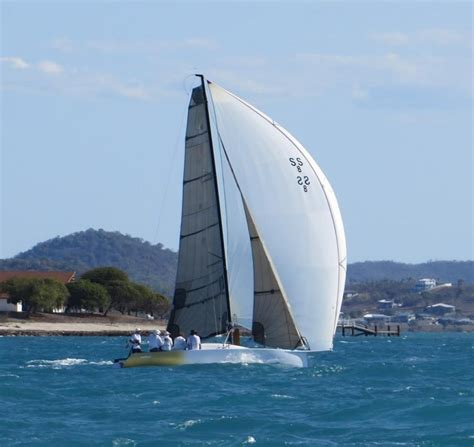 Small Sailing Boats For Sale Brisbane by Rogers Canting Keel 8m Sailing Boats Boats For