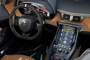 770 hp Lamborghini Centenario Roadster Unveiled in Pebble
