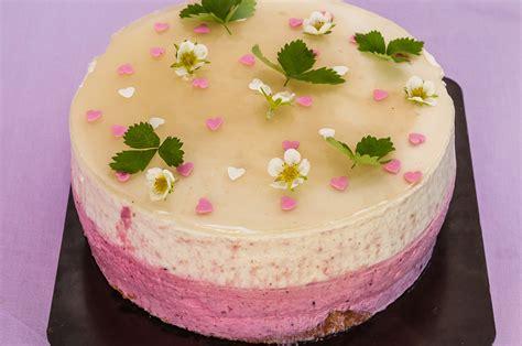 cuisine recette dessert gâteau mousseux aux pêches et fruits rouges kilometre 0 fr