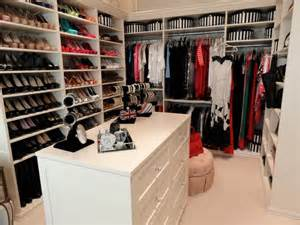 Walk In Closet In Bedroom by Bravo Tv Bethenny Ever After Bethenny Dream Closet