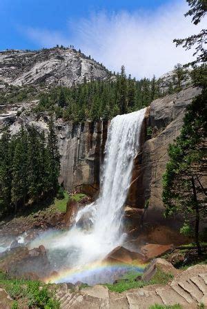 Vernal Falls Yosemite National Park Natural Wonders