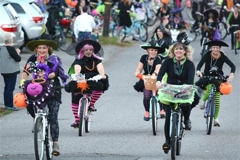 Witches ride to throw candy in set zones - thehomewoodstar.com