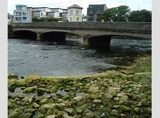 Wolfe Tone Bridge, Galway © louise price ccbysa20