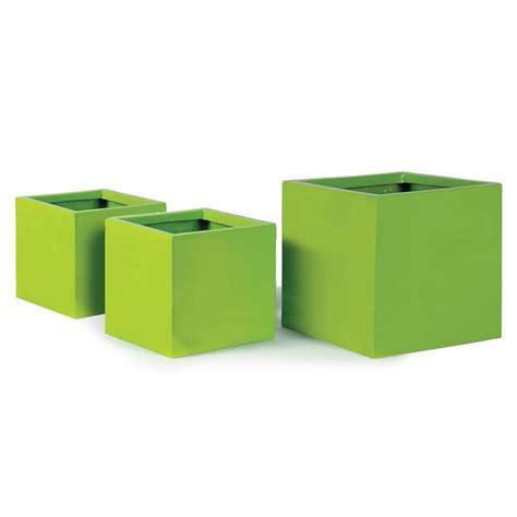 bac 224 plantes cube en fibre de verre 34x34xh 30cm vert anis