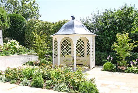 Massgeschneiderte Pergola Und Pavillon Im Garten