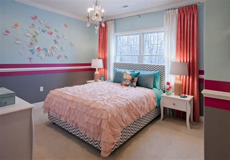 Goodlooking Chair Rail In Bedroom With Panton Chairs Wall