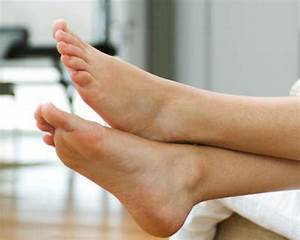 Causes of swelling in legs and feet