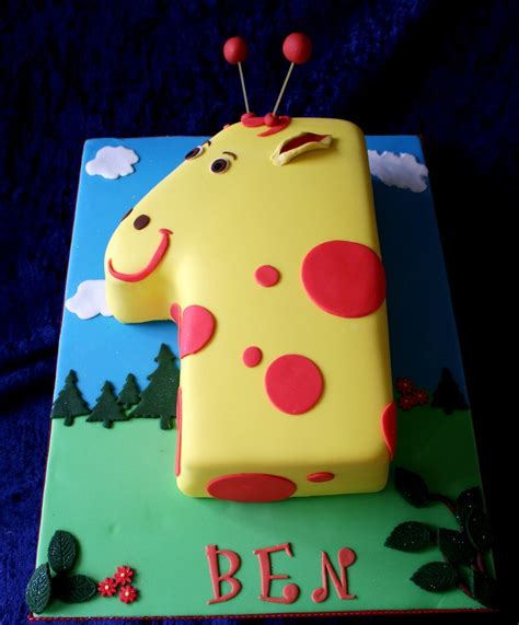 giraffe shaped number  cake giraffe shaped numeral