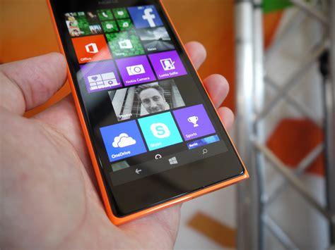 nokia lumia  hands  phonearena reviews