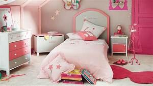 Chambre Fille 4 Ans : best exciting chambre fille rose couleur dco peinture rose ~ Teatrodelosmanantiales.com Idées de Décoration