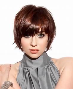 Coupe De Cheveux Mi Court : coupe de cheveux mi longs jolie coupe avec frange epaisse ~ Nature-et-papiers.com Idées de Décoration