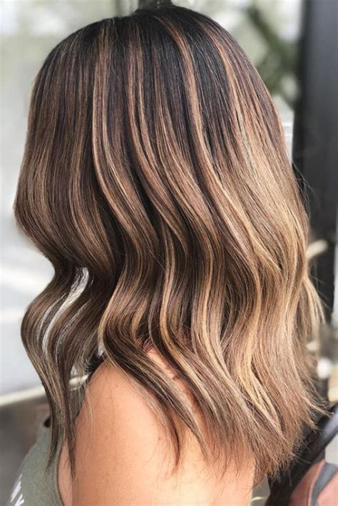 Color Ideas For Brown Hair by Brown Hair Color Ideas For 2018 Southern Living