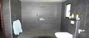 Revetement Douche Italienne : les concepteurs artistiques revetement mur pvc salle de bain ~ Edinachiropracticcenter.com Idées de Décoration